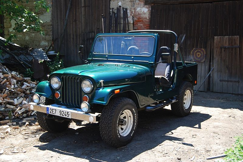 CJ-7 Jeep Willys Jeeps